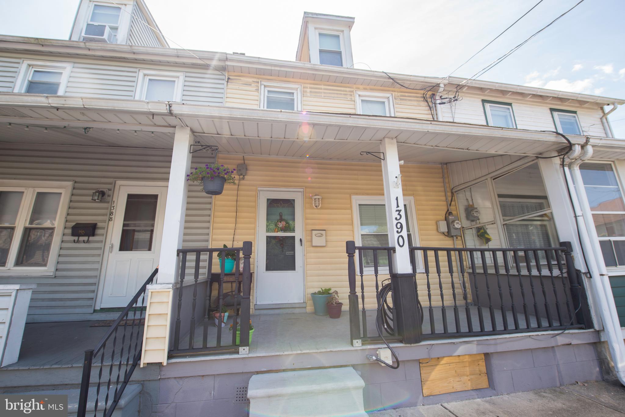 1390 STEWART STREET, NORTHAMPTON, PA 18067