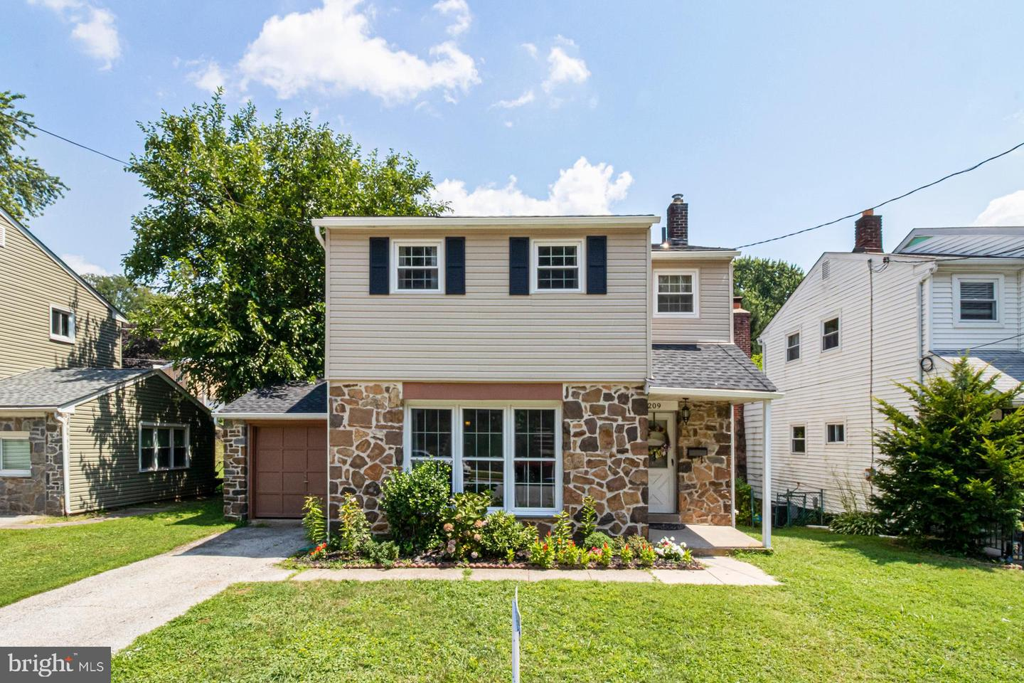 209 Foster Avenue Havertown, PA 19083