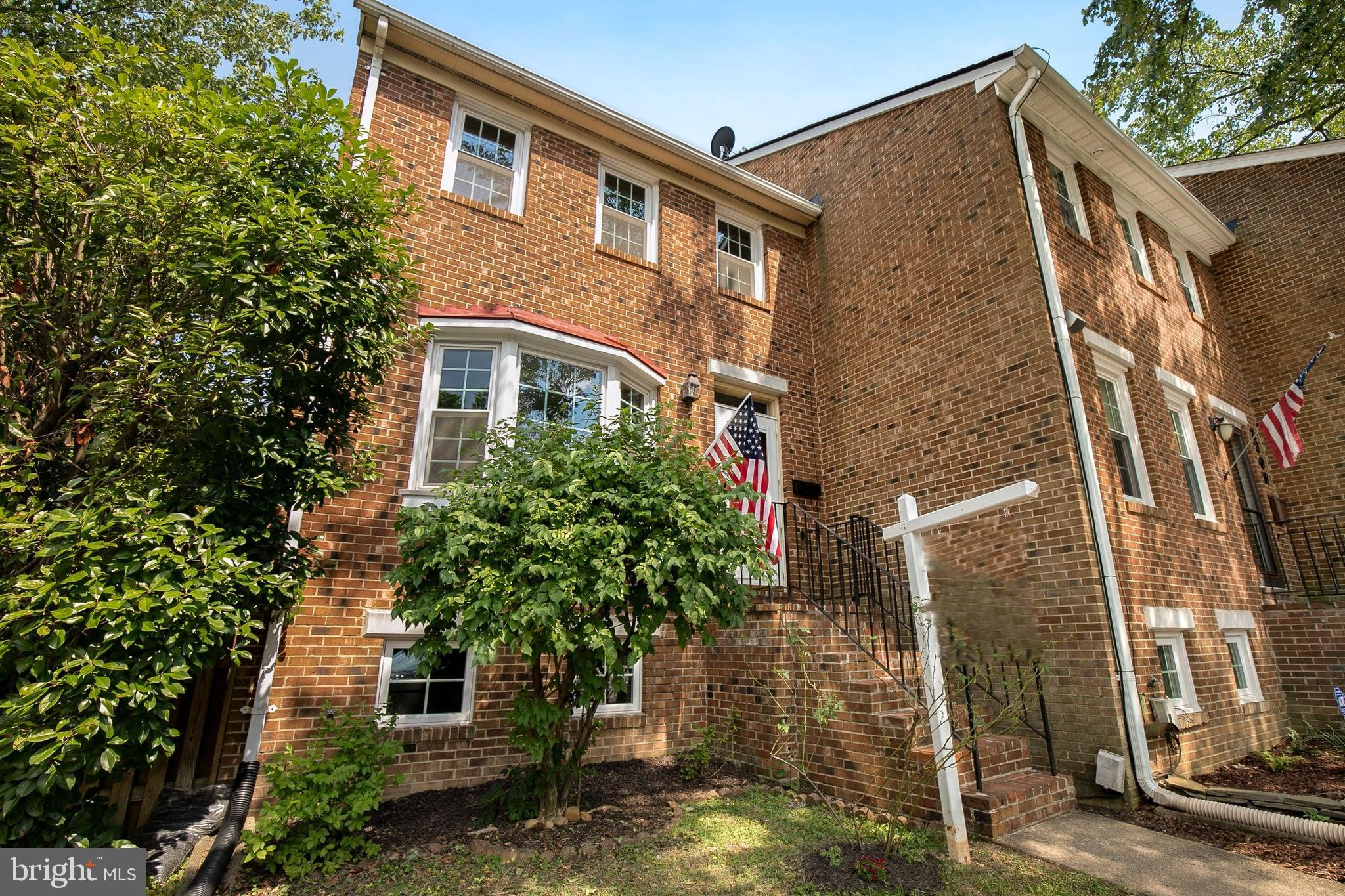 2311 COMMONWEALTH AVENUE, ALEXANDRIA, VA 22301