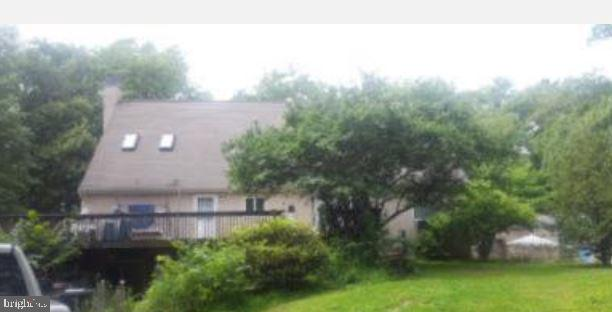 """REO Occupied - the seller does not represent or guarantee occupancy status. NOVIEWINGS of this property. Please DO NOT DISTURB the occupant. """"As is"""" cash only sale with no contingencies or inspections. Buyer will be responsible forobtaining possession of the property upon closing. Property is lender-owned, isbeing sold as is, and seller makes no representations or warranties."""