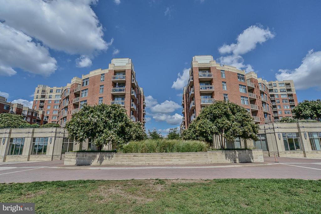 3600 S Glebe Rd #406w, Arlington, VA 22202