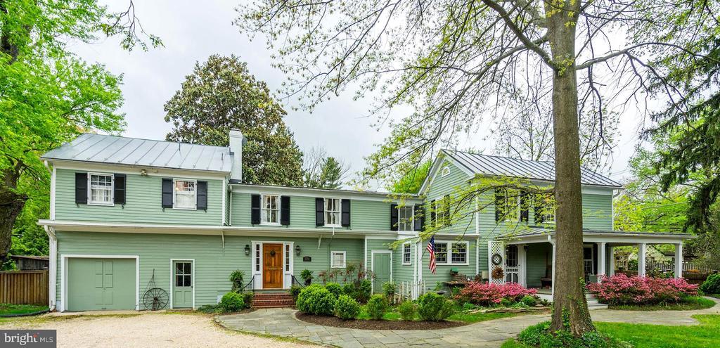 Fairfax Homes for Sale -  Farm,  3701  CHAIN BRIDGE ROAD