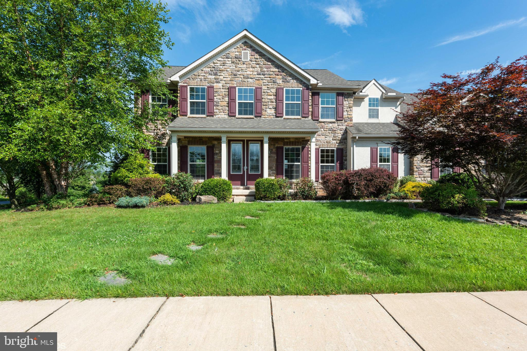 1259 AYLESBURY LANE, YORK, PA 17404