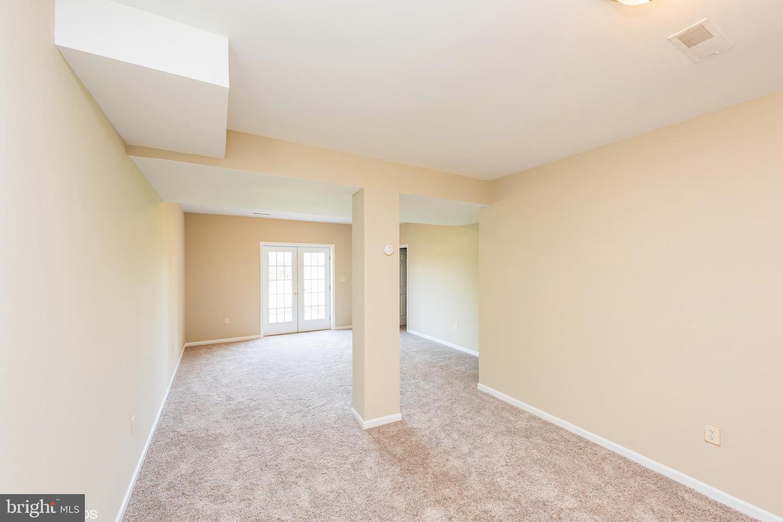 1259 Aylesbury Lane, York, PA, 17404 - Properties - NOAHS
