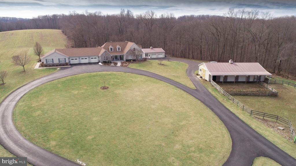 Phenomenal 7960 Talbot Run Road Mount Airy Md 21771 Charlies Realty Home Interior And Landscaping Palasignezvosmurscom