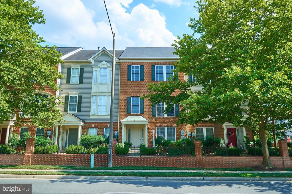 8167  SKELTON CIRCLE 22042 - One of Falls Church Homes for Sale