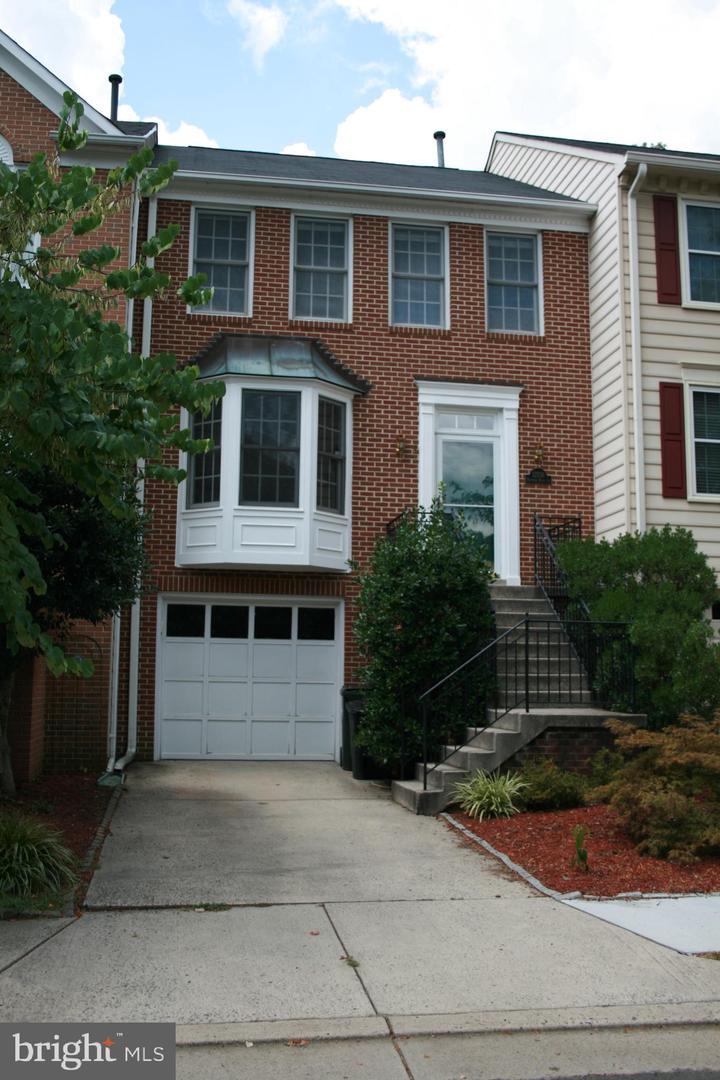 12716 Dogwood Hills Lane   - Fairfax, Virginia 22033