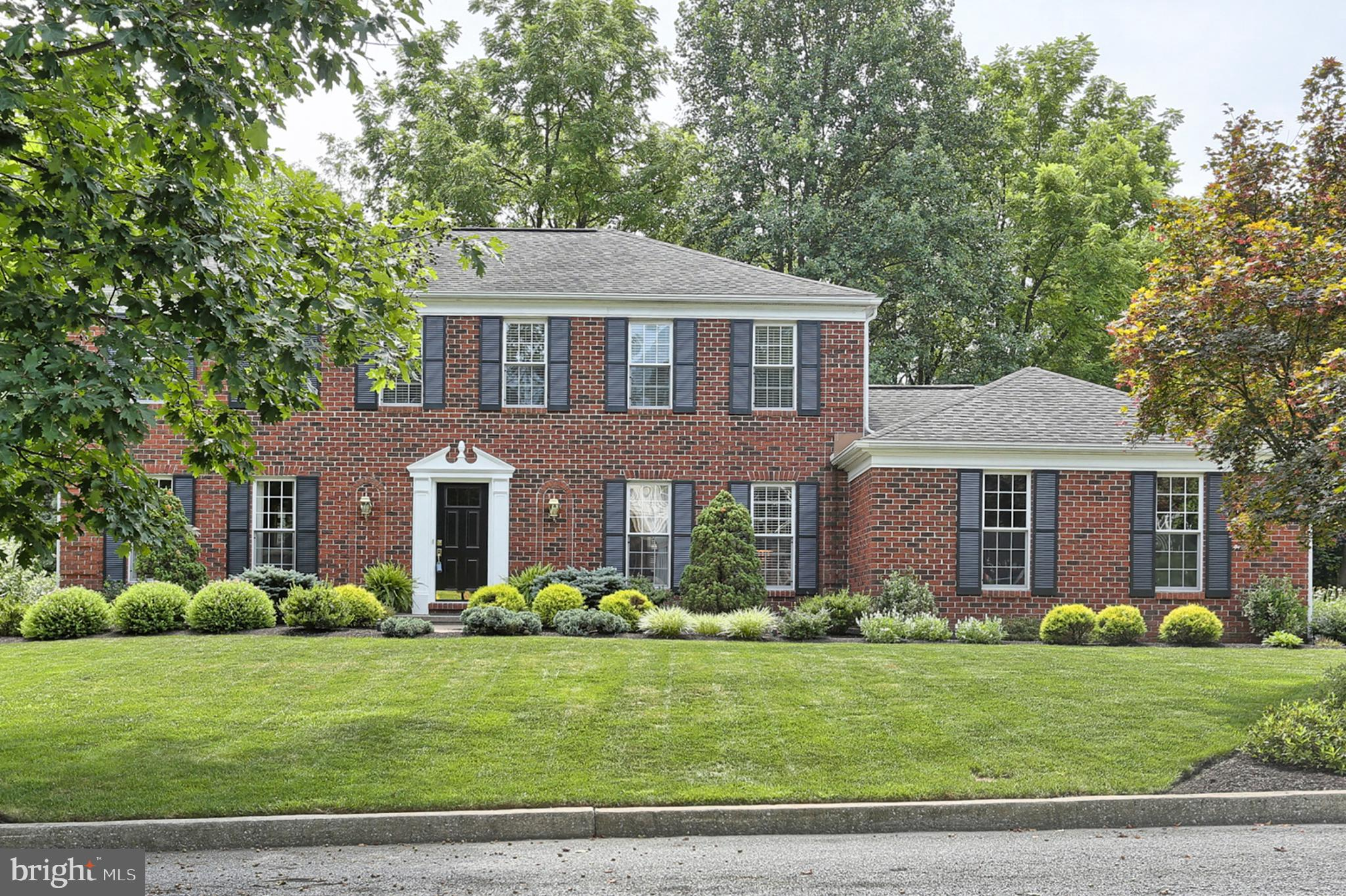 921 CARRIAGE HOUSE COURT, HERSHEY, PA 17033