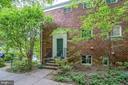 3303 Valley Dr