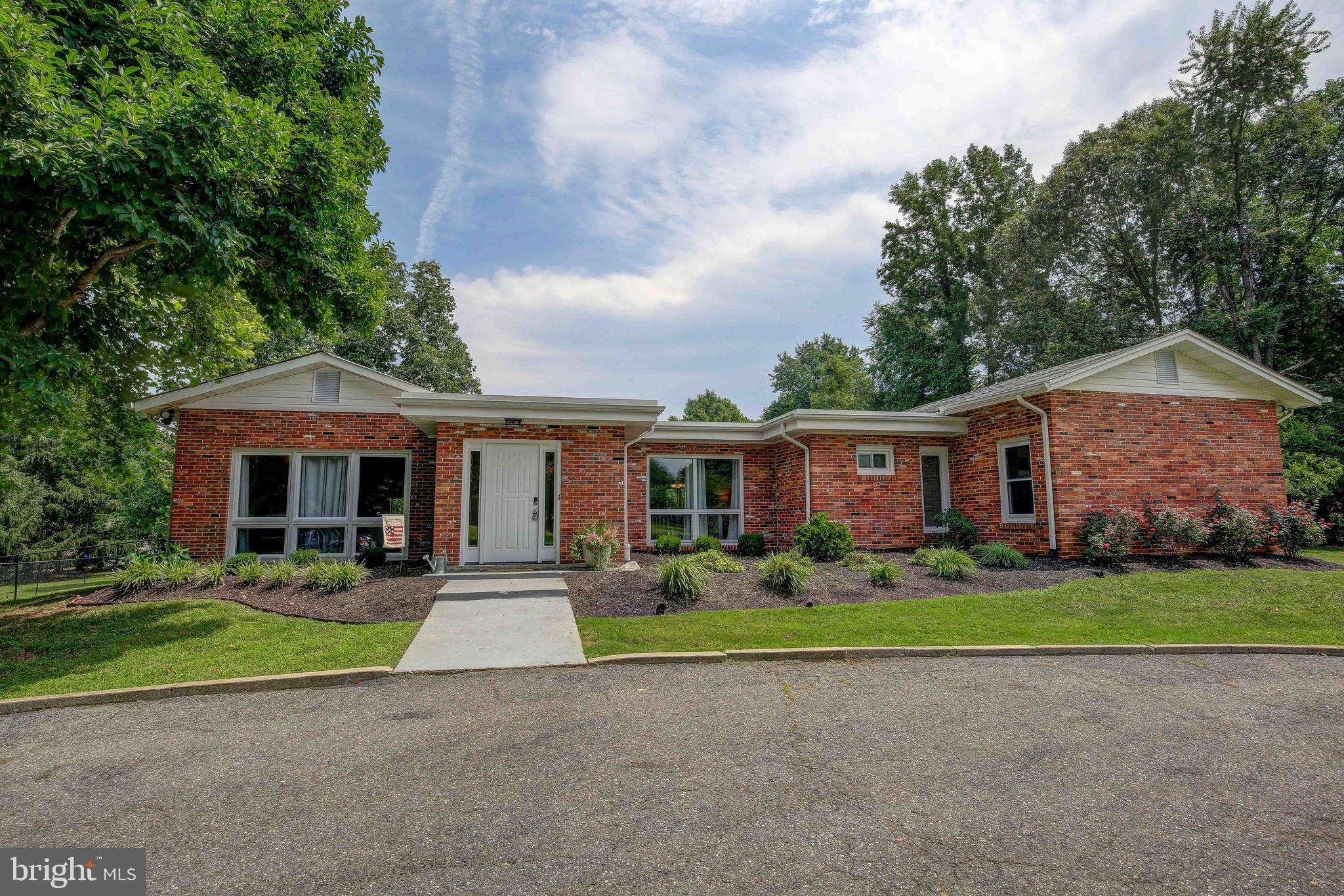 11903 CROWN DRIVE, DUNKIRK, MD 20754