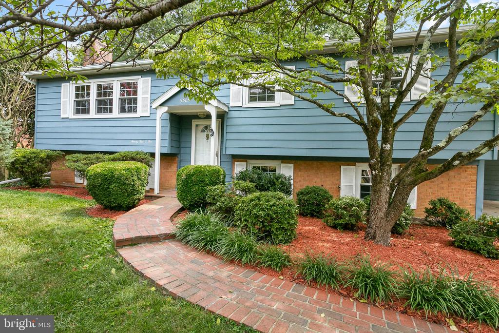 9505  FARMVIEW COURT 22032 - One of Fairfax Homes for Sale