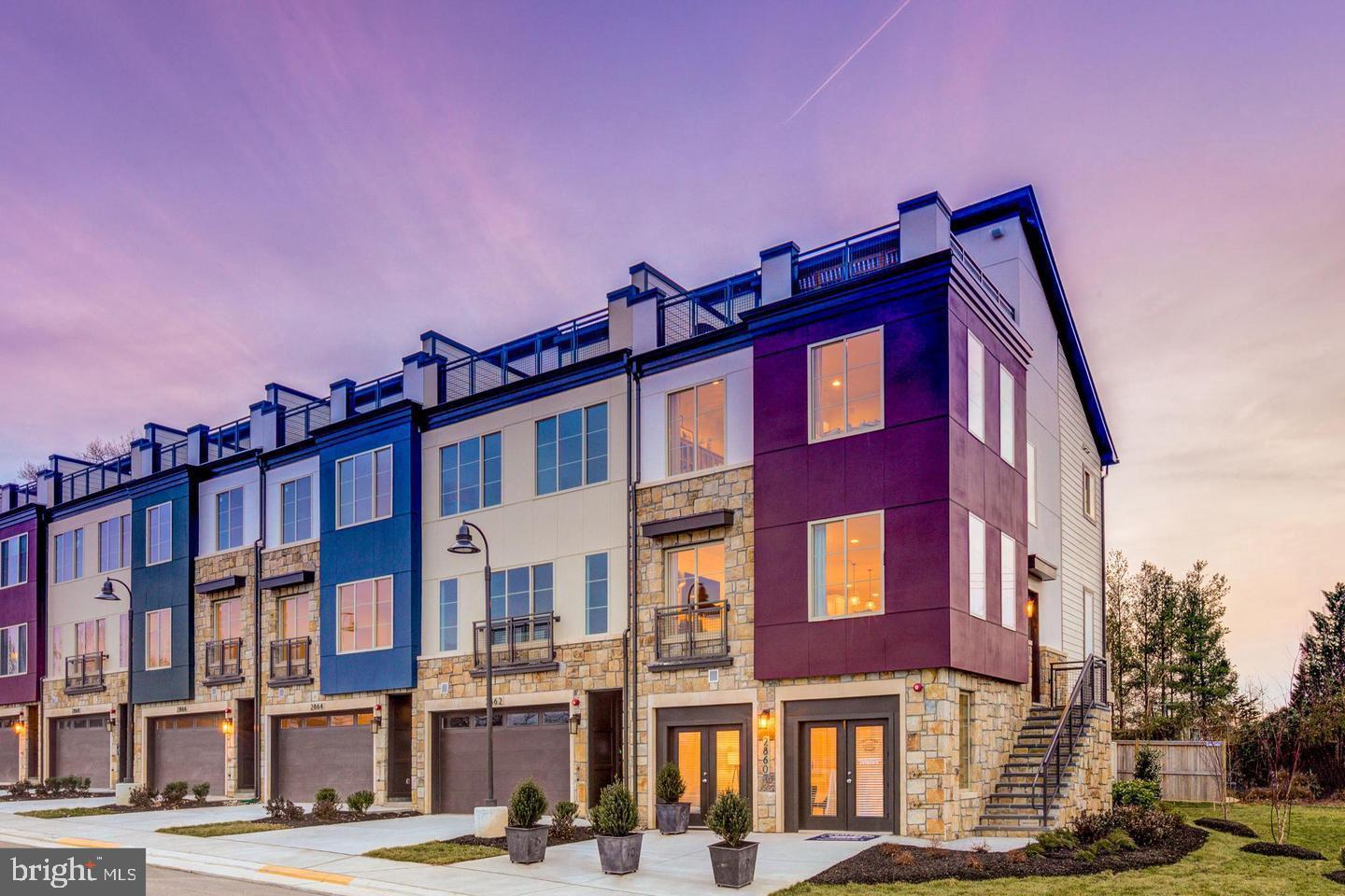 Visit the Award Wining & Best Value in Alexandria. New Energy Star TH, Rooftop Terr, 4 LVL, 4 Bed., with backyard and driveway. High-end Included Features. Summer/Fall Move-in. Walkable retail, minutes to metro & I-495. Ask about Incentives/Closing Costs. Warranties Inc. Call Lori Windsor Now for appt. & details.