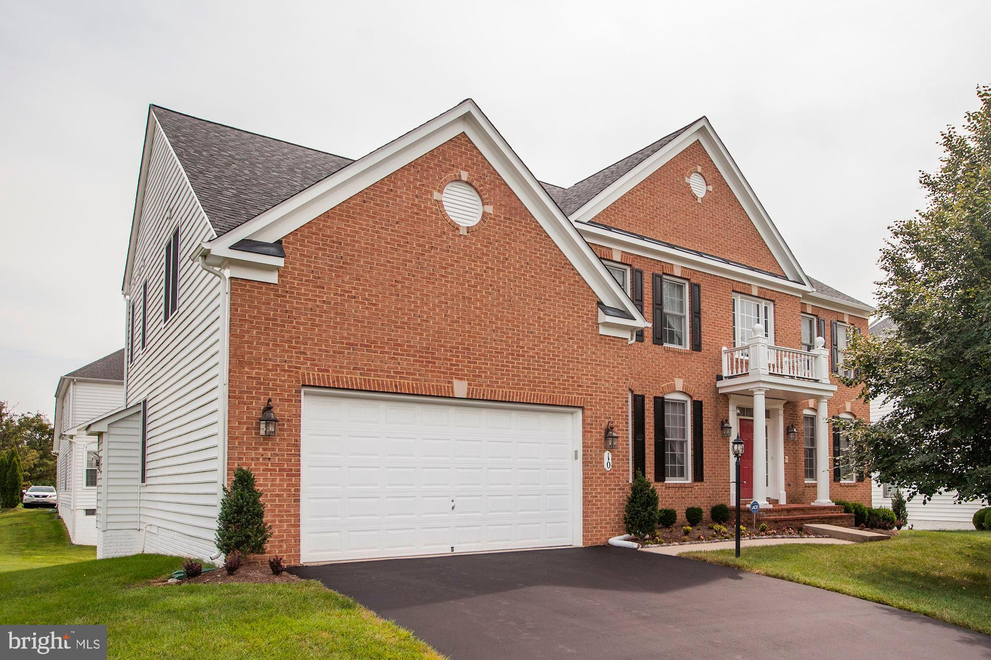 10 SWEETWOOD COURT, ROCKVILLE, MD 20850