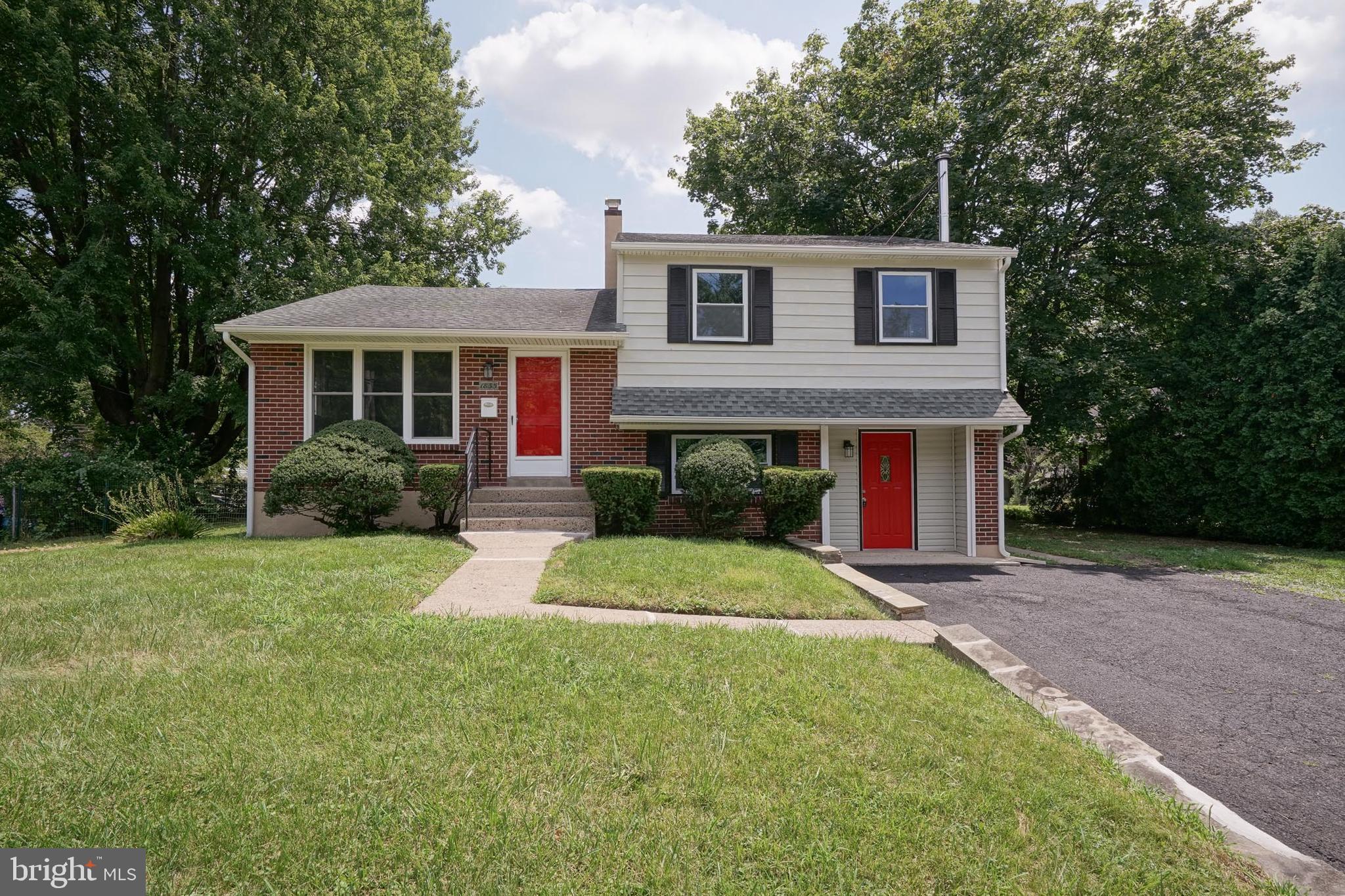 1835 TWINING ROAD, WILLOW GROVE, PA 19090