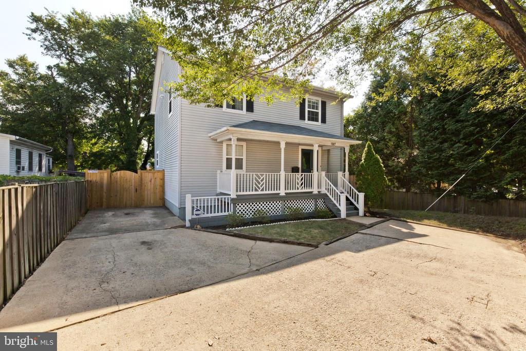 1507 S GLEBE ROAD 22204 - One of Arlington Homes for Sale
