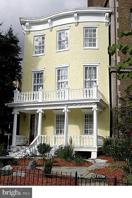 * RARELY AVAILABLE * Step inside this  Historic John Nourse House c.1840. One of the last surviving early antebellum Federal homes. This four story home has 8 bedrooms and 4 bathrooms. The home has original decorative elements like 3 fireplaces, beautiful light fixtures. The property is close to White house and Capitol hill.A MUST SEE PROPERTY!!! Schedule your private tour today.