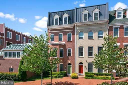 Property for sale at 618 E Custis Ave, Alexandria,  Virginia 22301