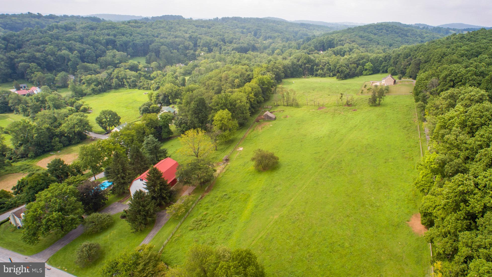 2358 FLOWING SPRINGS ROAD, SPRING CITY, PA 19475