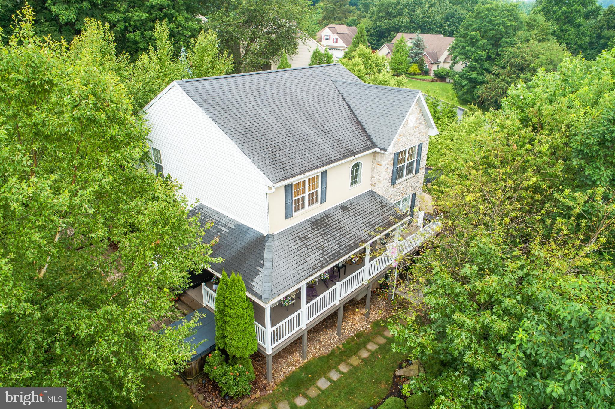 813 SYCAMORE ROAD, MOHNTON, PA 19540