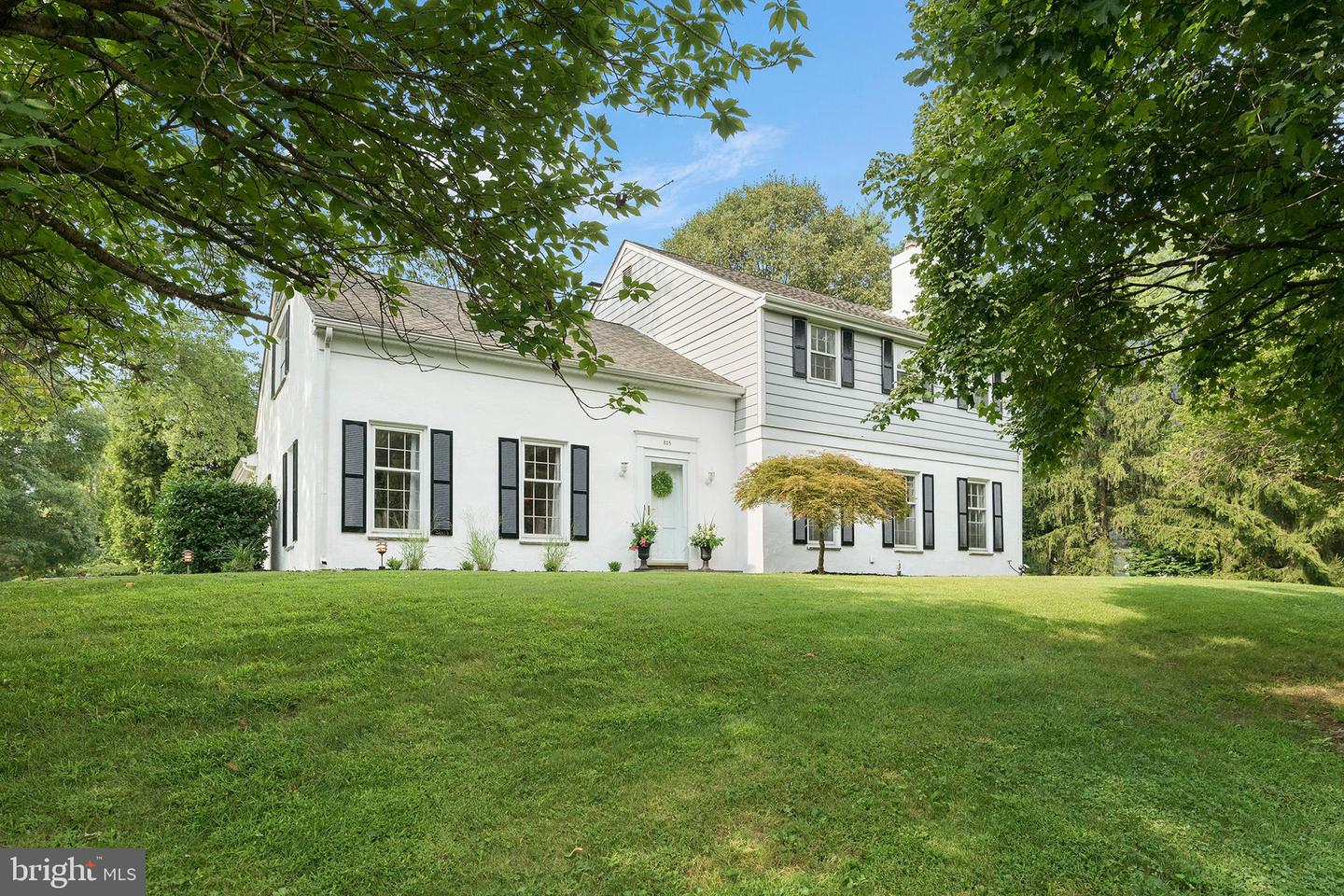825 Galer Drive Newtown Square , PA 19073