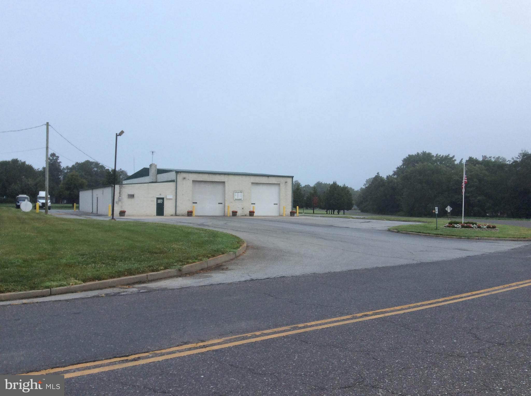 5 CENTRAL SCHOOLHOUSE ROAD, PENNS GROVE, NJ 08069