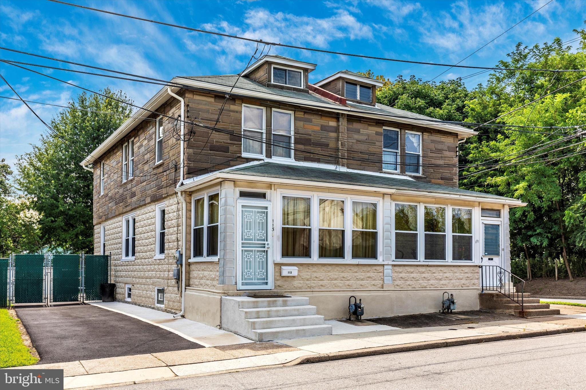 113 RANDALL STREET, CRUM LYNNE, PA 19022