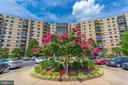 8370 Greensboro Dr #221