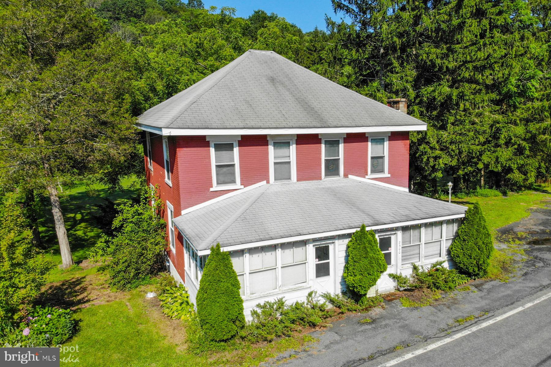 2300 SPRUCE HOLLOW ROAD, PALMERTON, PA 18071