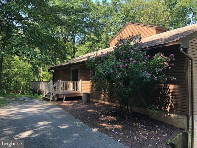 525 SUNNYSIDE ROAD, NEWMANSTOWN, PA 17073