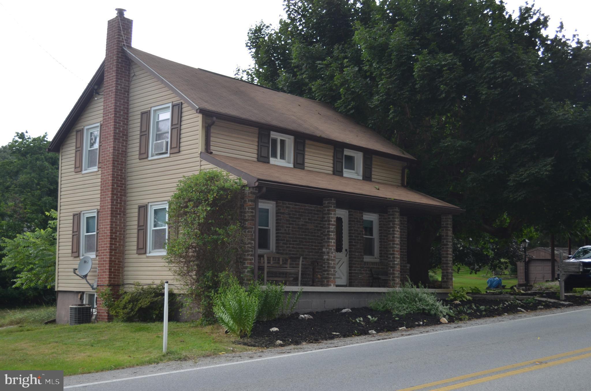 5411 LEHMAN RD, SPRING GROVE, PA 17354