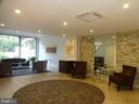 1301 N Courthouse Rd #1202