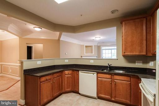Photo of 7860 Rolling Woods Ct #203