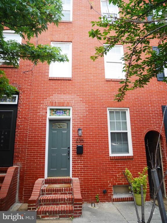 Recently renovated 3 bedroom, 2.5 bath townhouse located in scenic Fells Point neighborhood. With over 2,100sf on three levels, the property is completely updated with wood floors throughout, new stainless appliances, front-loaded stackable washer & dryer and a private garden with upper and lower decks.The house provides a perfect layout for roommates or a family, with three bedrooms, two of which are located on each end of the second level (sharing a bath) and one on the third (master suite). Plenty of closet space, as well as a basement is provided for storage. Laundry is in the center of level two, convenient to all bedrooms. The living room (with historical fireplace surround), dining room, kitchen, and powder room are on the first floor, with french doors leading outside. The heart of Fells Point is a few blocks south while the Johns Hopkins Medical Campus is just north - an easy walk in either direction. Angled parking runs down the one-way street, benefiting the availability of spaces. The Charm City Circulator also runs a couple blocks west, offering free access to many locations in the city. The Fells Point Corner Theater is located on the block and the Van Gough Cafe is practically across the street. . . and of course, a variety of great restaurants and bars throughout the neighborhood.Call to schedule your showing today! 443-548-0191*Available Sept 16th 2019*One Year Lease required*$35 application fee per each occupant 18 years old & over*Background and Credit Check Required*Pets welcome with additional security deposit and rent