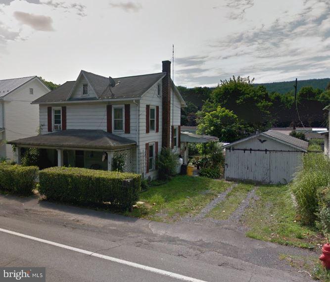 194 E MAIN STREET, THOMPSONTOWN, PA 17094