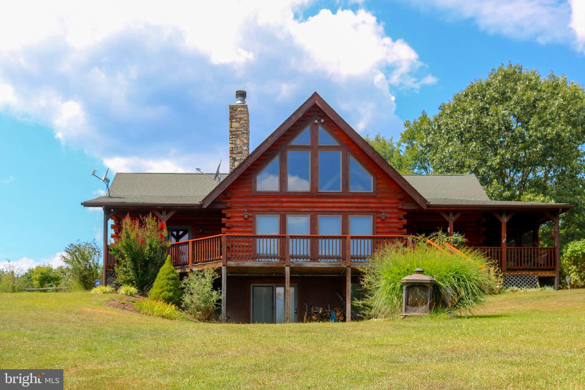 199 SEA BISCUIT DRIVE, POINTS, WV 25437