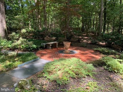 12210 Quorn Ln, Reston, VA 20191