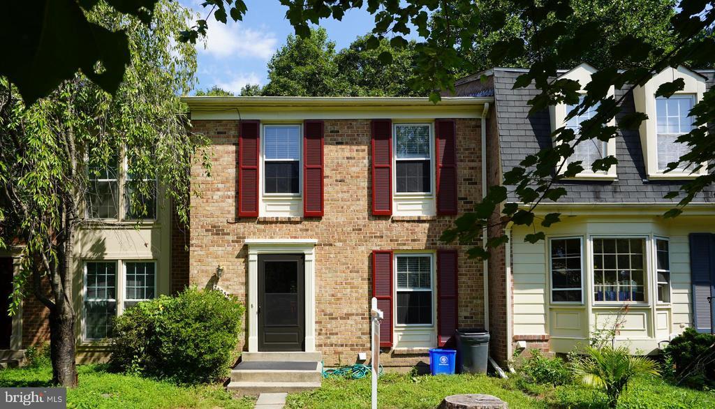 20235  MAPLE LEAF COURT, Gaithersburg, Maryland