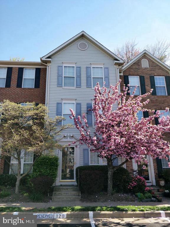 4330  SUTLER HILL SQUARE, Fairfax, Virginia