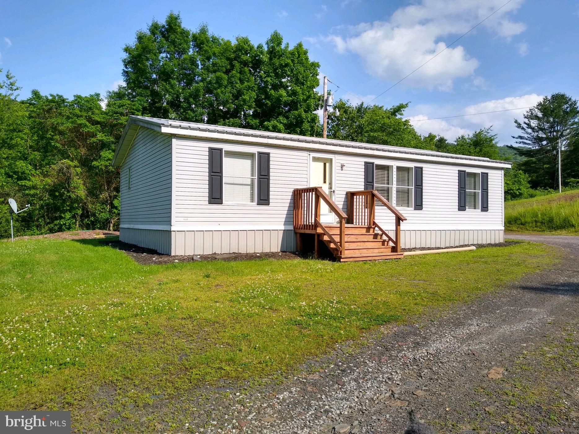 22123 COLES VALLEY ROAD, ROBERTSDALE, PA 16674