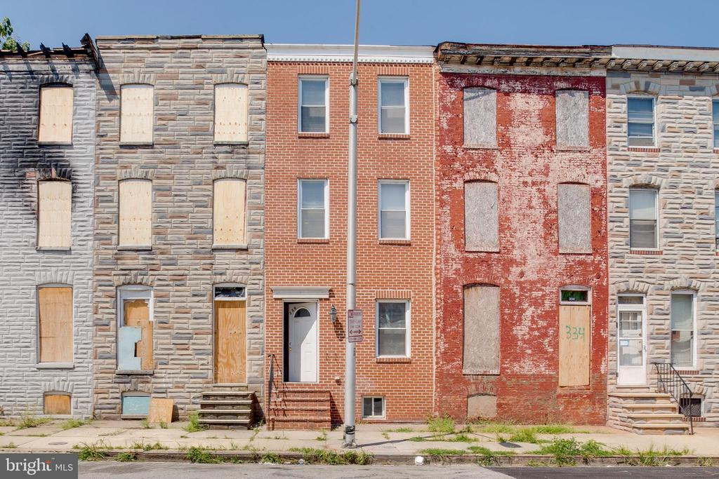 Investor Special! Property can be purchased separately or as a package. Other 3 properties: 1535 W. Fairmount Ave. Baltimore, MD 21223, 11 N. Gilmor St. Baltimore, MD 21223, 1707 W. Baltimore St., Baltimore,MD 21223