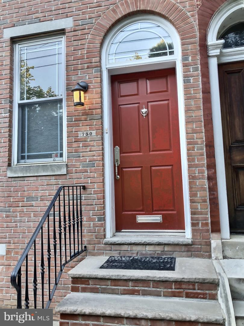 750 S 18th Street Philadelphia, PA 19146