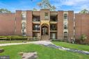 3328 Woodburn Village Dr #33