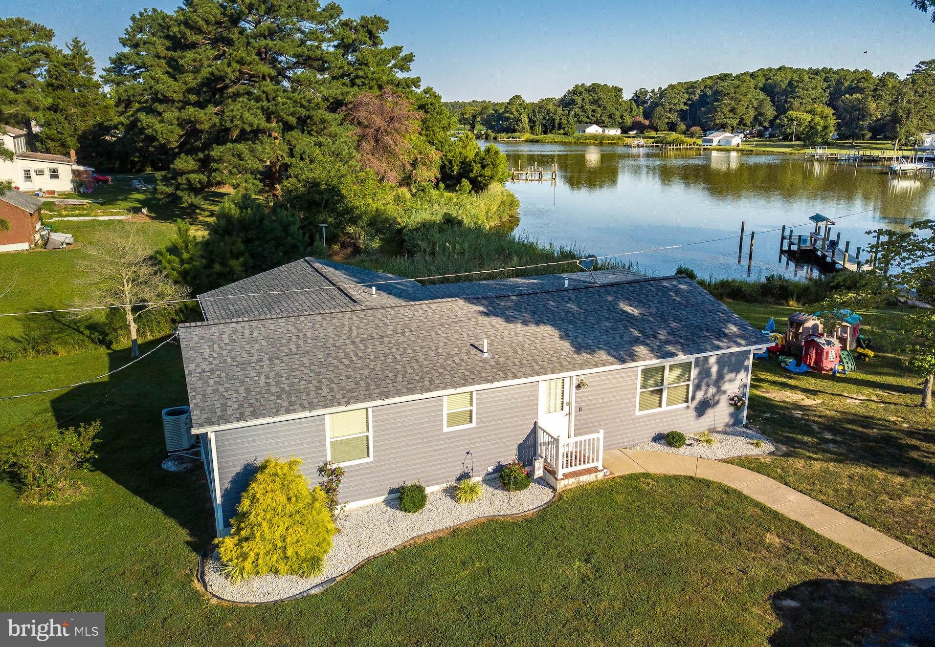 38122 BEACH ROAD, COLTONS POINT, MD 20626