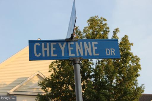 6480 Cheyenne Dr #201 Alexandria VA 22312