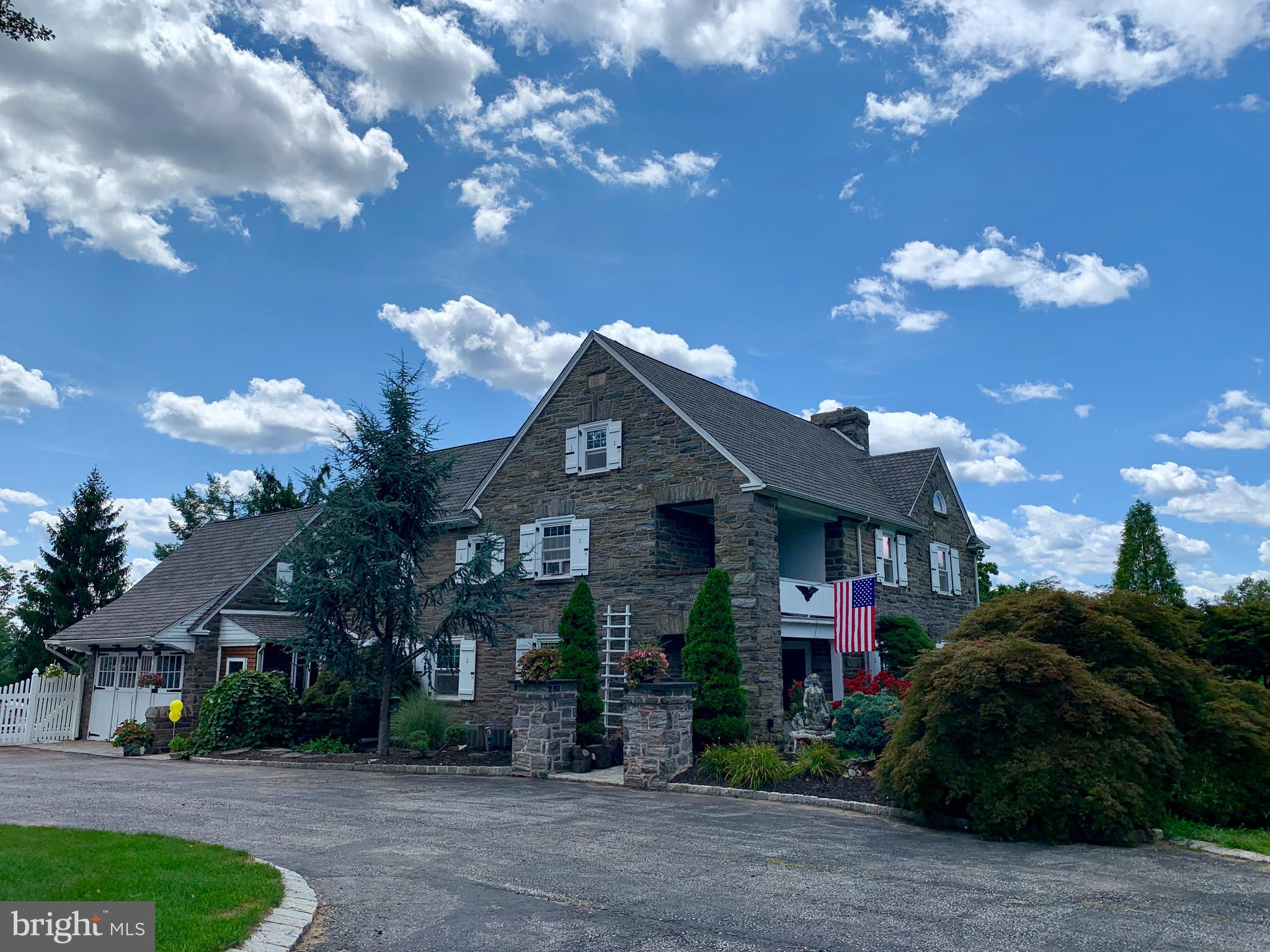 1616 SANDY HILL ROAD, PLYMOUTH MEETING, PA 19462