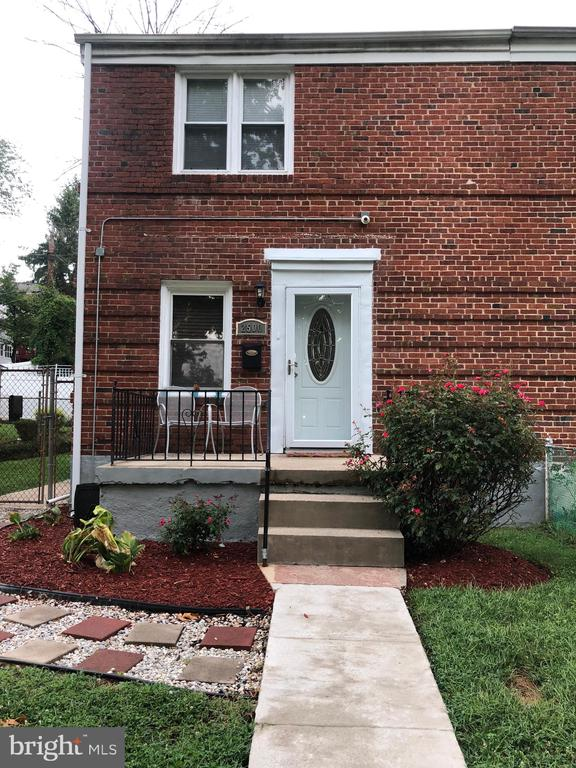 Exceptional Cylburn/Greenspring community at a value of a price with bay/bow window, hardwood floors, open floor plan, updated kitchen, stainless steel appliances, brick exterior, secluded rear yard and unlimited conveniences such as shopping, I-83, parks, zoo etc.