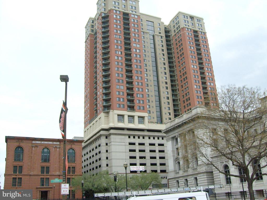 FURNISHED Spacious high floor true 3br. Every window has water/city views. Stainless/granite kitchen, gas fp, balcony overlooking the harbor.  TWO master bedrooms at opposite ends, each with baths en suite.  BR3 has full-sized closet and unobstructed city views, perfect also as den/study.  24/7 concierge, gym, pool, business ctr.  Central loc - walk to Harbor East or Fed Hill, shuttles to UMD/Hopkins, 2-car parking in attached garage to go anywhere else!