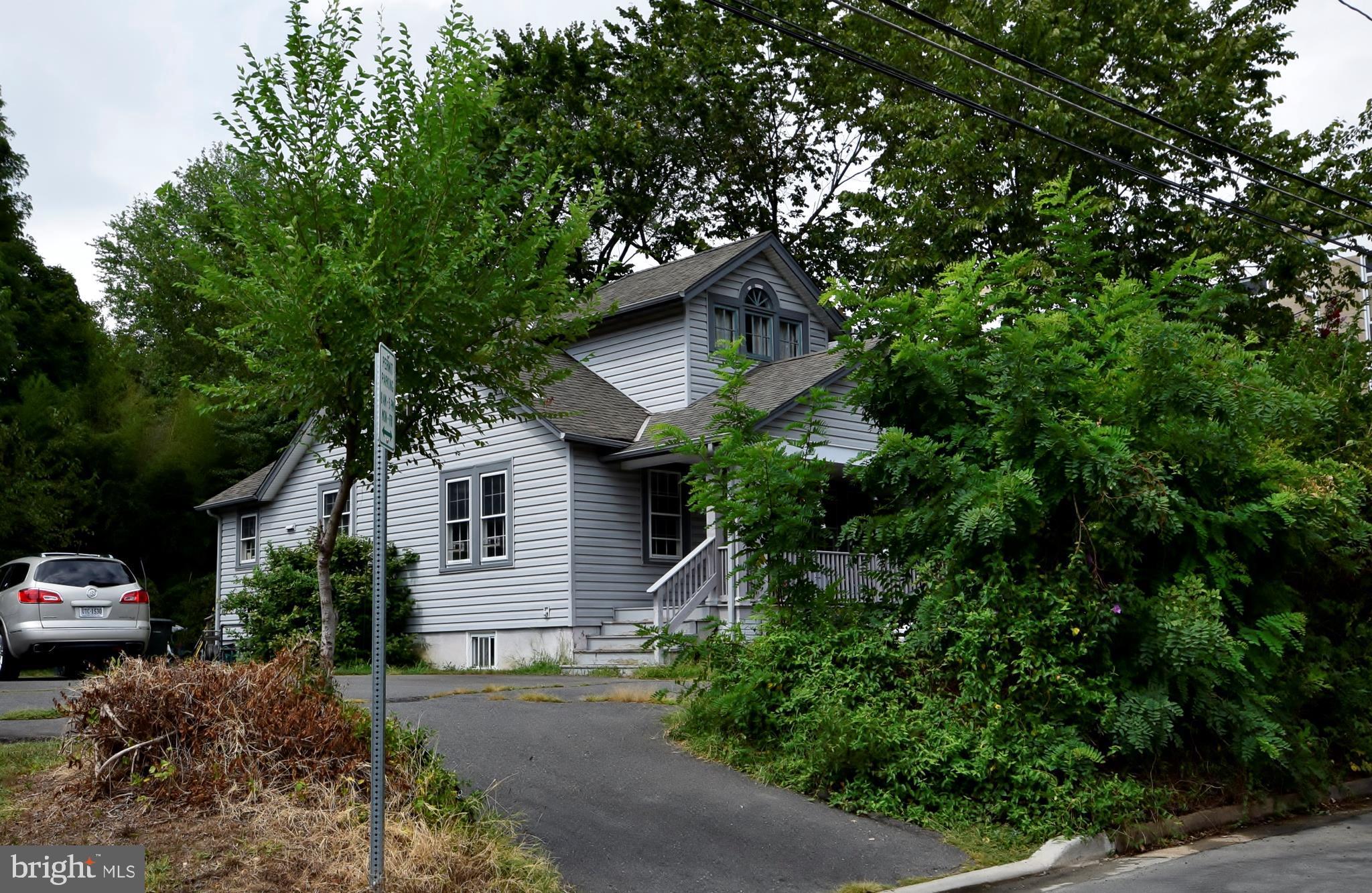 106 S LEE STREET, FALLS CHURCH, VA 22046