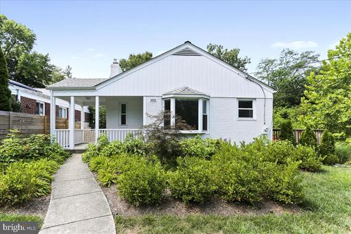 8602 Grubb Rd, Chevy Chase, MD 20815