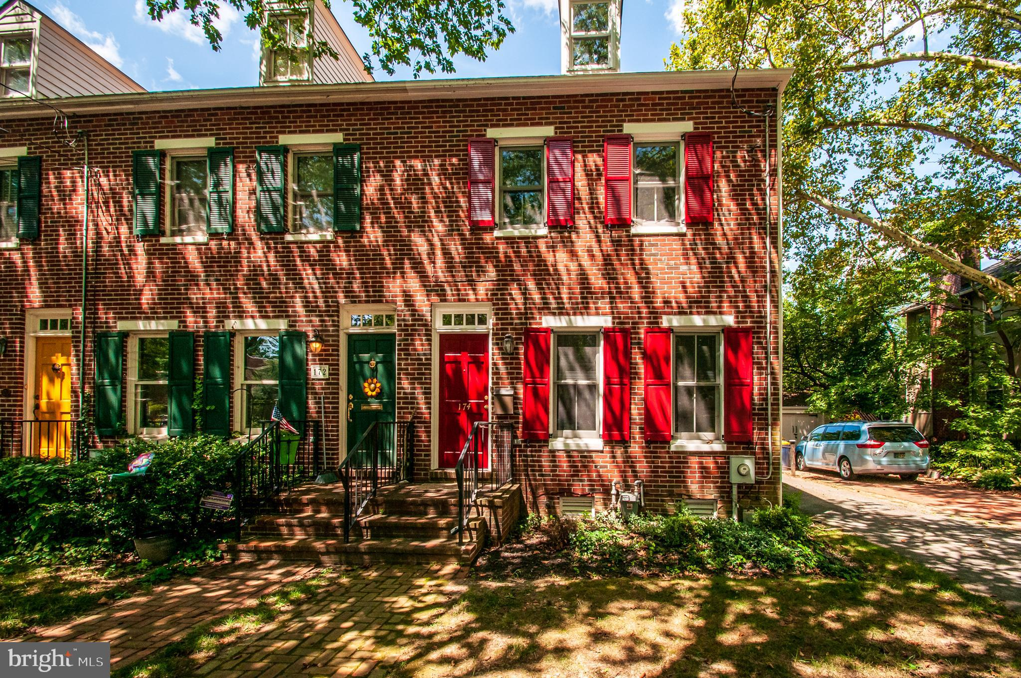 A newer home in the  historic district of Old New Castle.   This three story, 4 bedroom, 3.5 bath home has plenty to offer.  The first floor has a living room, dining, kitchen, family, powder room, and a first floor laundry.  There is a fenced back yard and off-street parking.